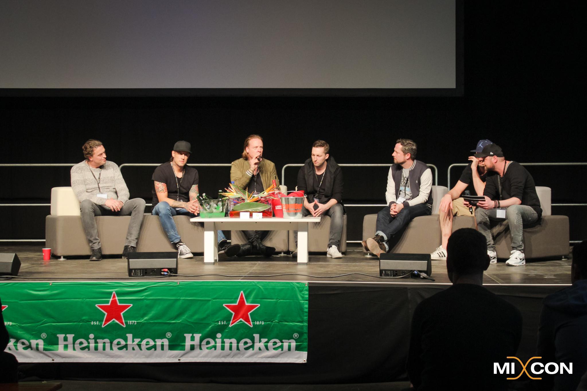 Jørn Brands, Niels van Gogh, Frank Klein, Dominik Koislmeyer, DJ Tonka, Bernd Closmann und Alex Sasse beim Panel